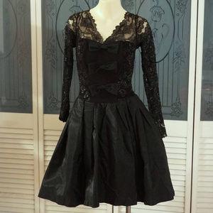 Vintage Lillie Rubin Dana Deatheridge Lace Dress